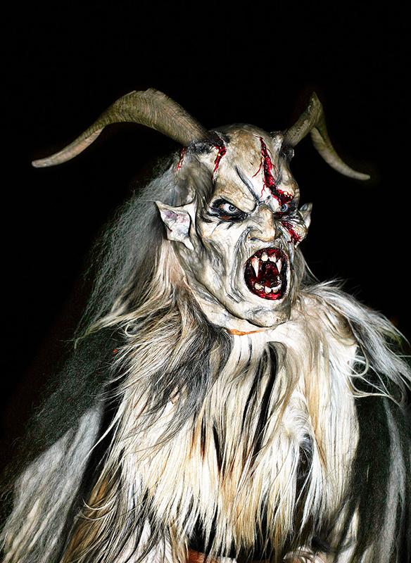 Máscara dun Krampus de Salzburgo