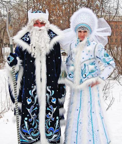 Ded Moroz e a súa neta Snegurochka.